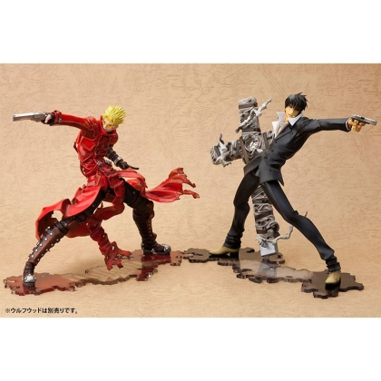 "Trigun Badlands Rumble - Vash The Stampede ""Renewal Package Ver."" ARTFX J Collectible Figure Statue + Gift"